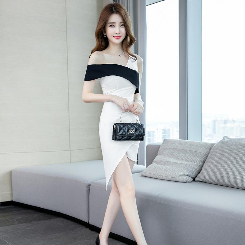 白色修身连衣裙 包臀连衣裙夏季2020年新款性感修身显瘦紧身小个短裙露肩女装裙子_推荐淘宝好看的白色修身连衣裙