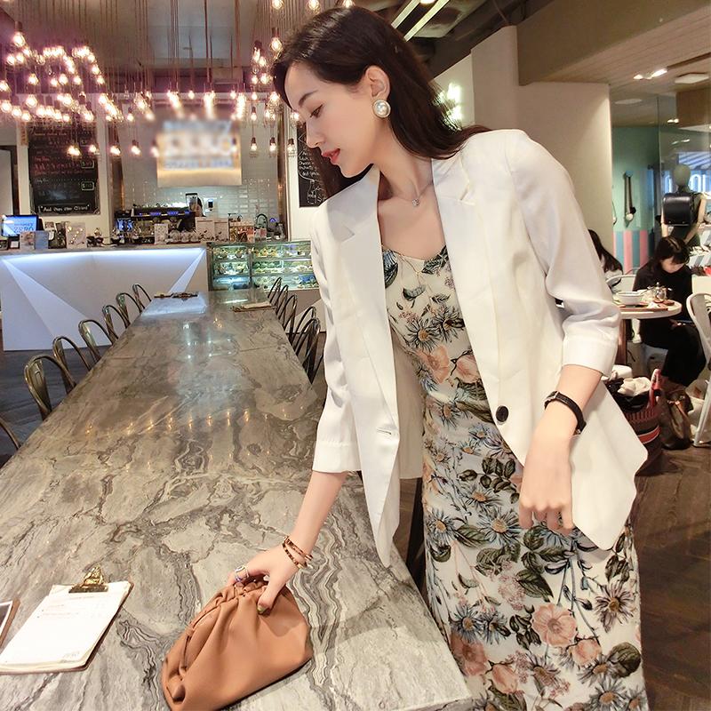 白色小西装 2021西装外套女夏季薄款白色小众设计高级春秋小西装职业西服上衣_推荐淘宝好看的白色小西装