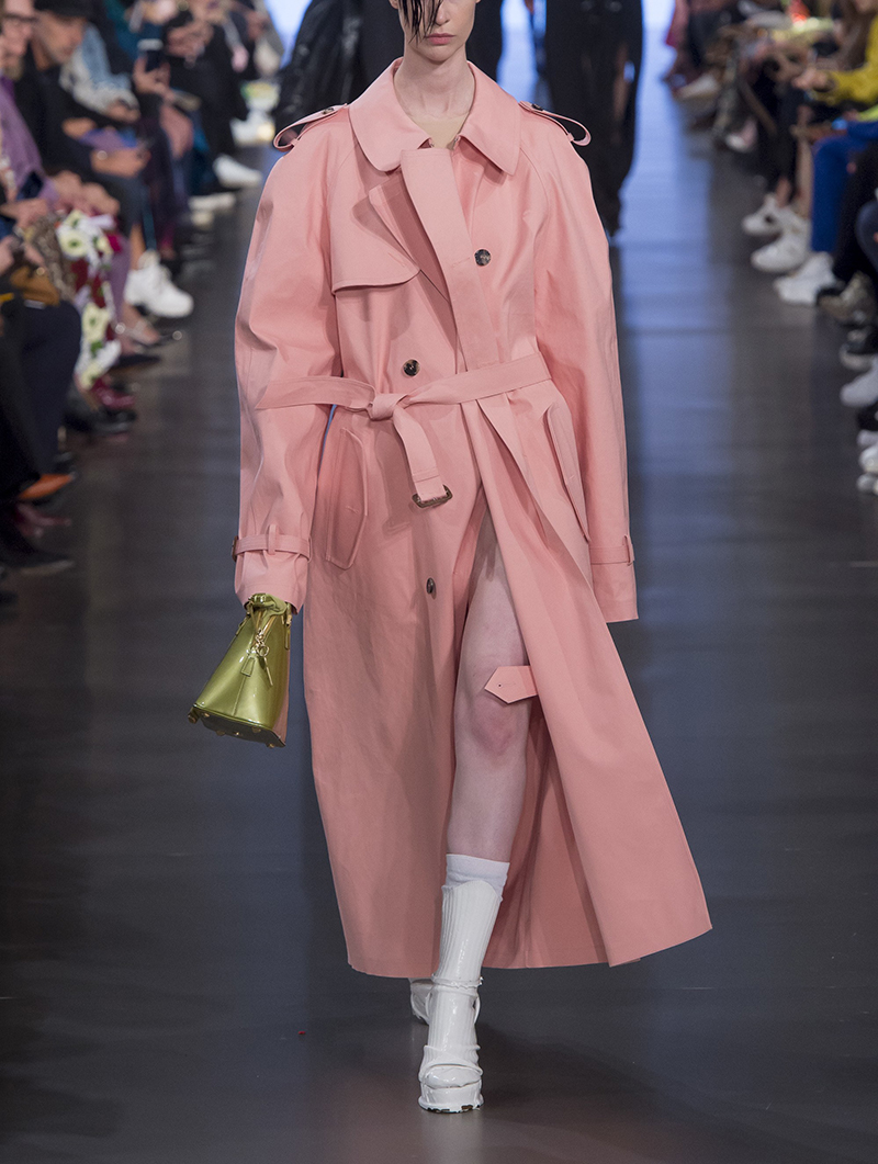 风衣 2020新款春装裙摆式粉色风衣女长款过膝宽松流行英伦风外套大衣女_推荐淘宝好看的女风衣