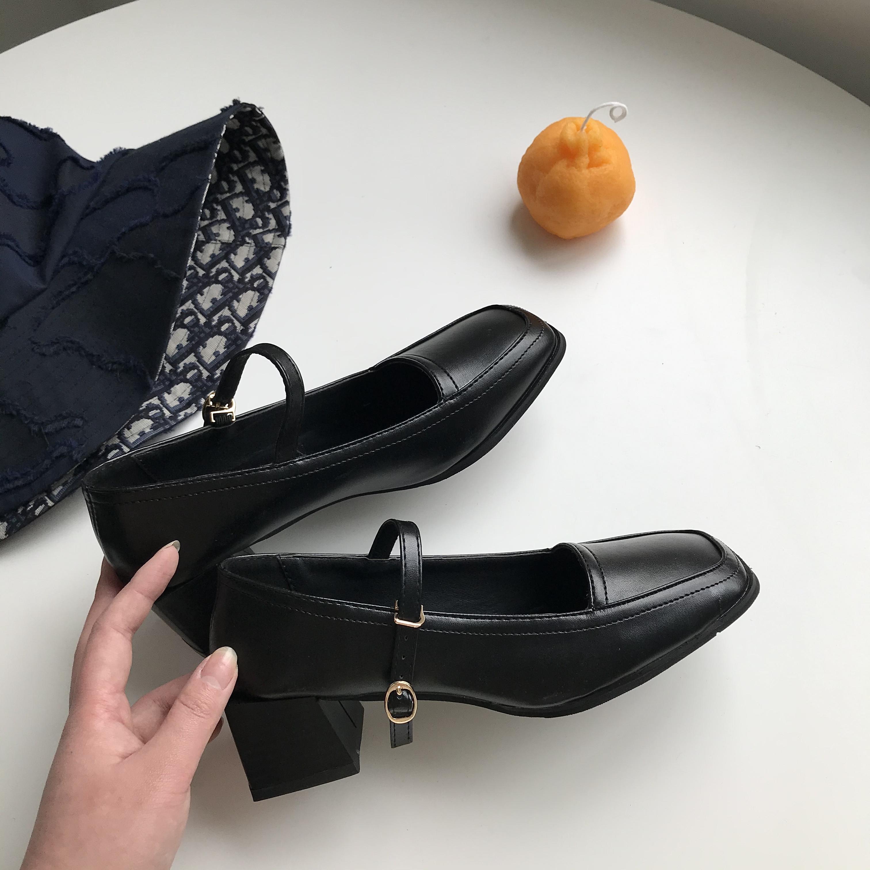 黑色凉鞋 小sun家 复古玛丽珍鞋小皮鞋女2020秋黑色方头法式粗跟一字带凉鞋_推荐淘宝好看的黑色凉鞋