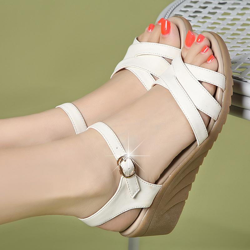 真皮坡跟鞋 特价清仓璞 百丽夏季新款凉鞋女平底中跟真皮坡跟波西米亚沙滩鞋_推荐淘宝好看的真皮坡跟鞋