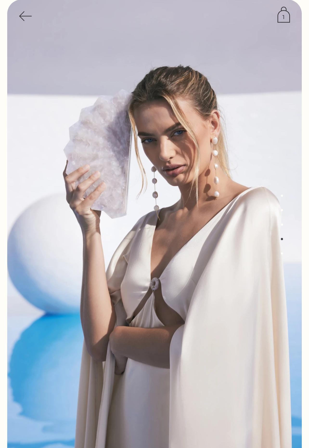 白色贝壳包 Cult Gaia Esme白色压克力贝壳状扇形轮廓女士手拿包 宴会包_推荐淘宝好看的白色贝壳包