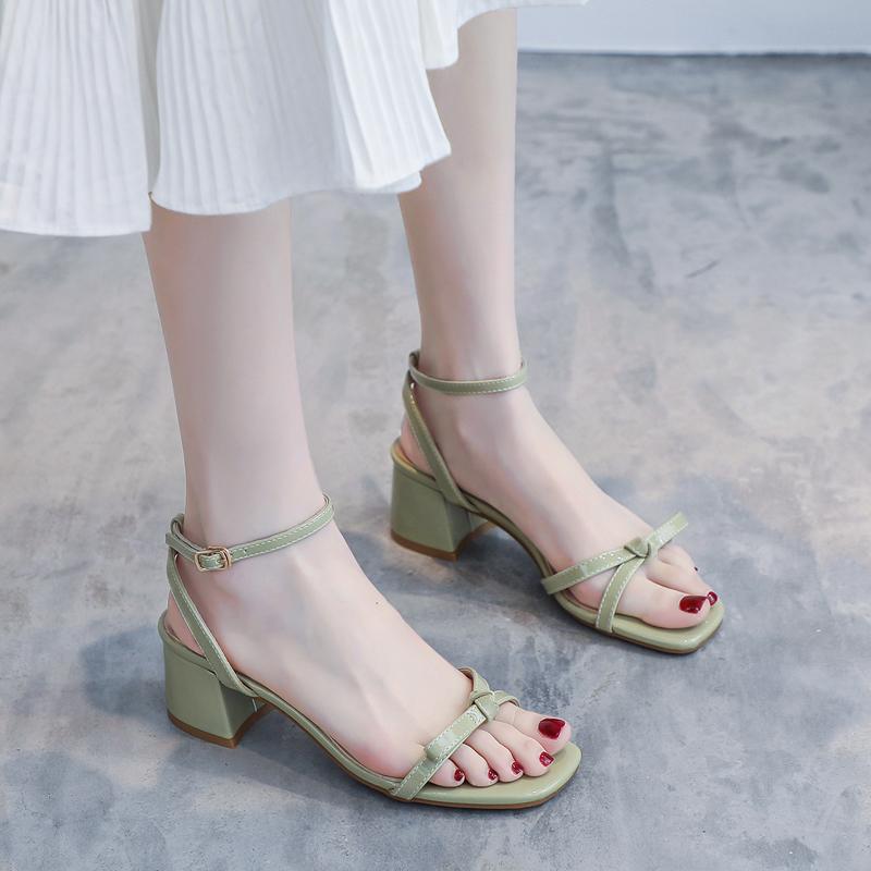 绿色凉鞋 一字带凉鞋女粗跟仙女风蝴蝶结低跟绿色中跟5cm4时装夏法式高跟鞋_推荐淘宝好看的绿色凉鞋