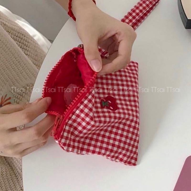 红色钱包 Ttsai研究所红色格子刺绣樱桃车厘子零钱包化妆包可爱ins随身便携_推荐淘宝好看的红色钱包