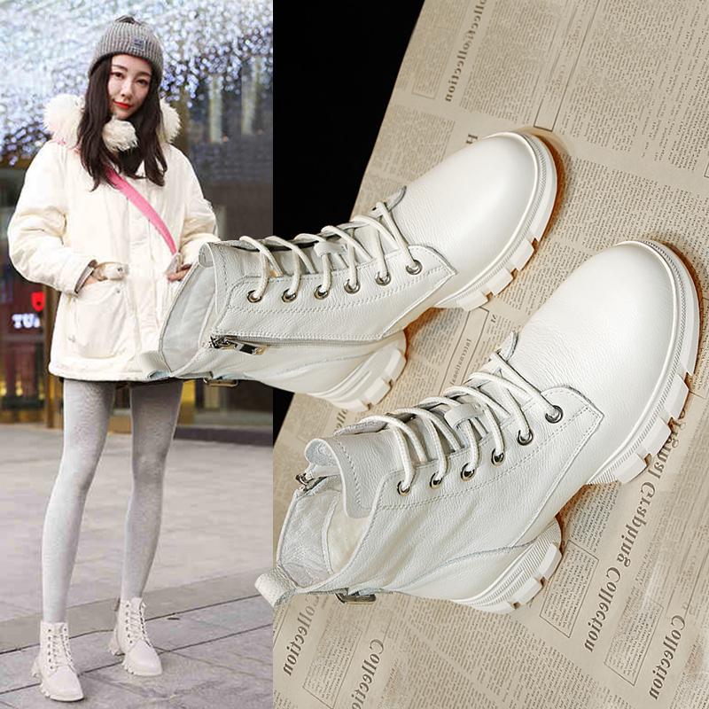 白色靴子 白色马丁靴女英伦风秋款2019新款潮雪地靴网红短靴冬季加棉靴子女_推荐淘宝好看的白色靴子