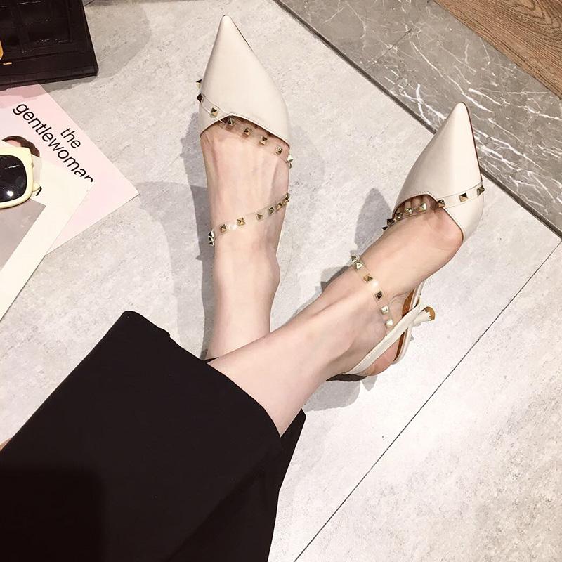 欧美款尖头鞋 浅口尖头凉鞋女欧美2021春季新款时尚百搭铆钉一字扣带细跟高跟鞋_推荐淘宝好看的欧美尖头鞋