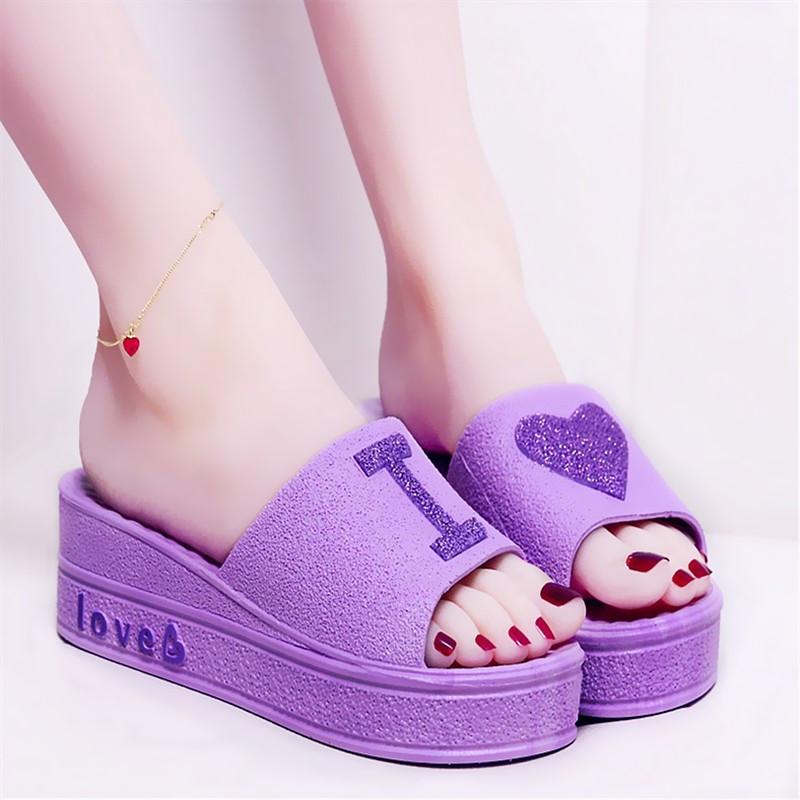 紫色厚底鞋 夏季坡跟亮片少女心紫色拖鞋女厚底高跟家居防滑家用凉拖鞋女外穿_推荐淘宝好看的紫色厚底鞋