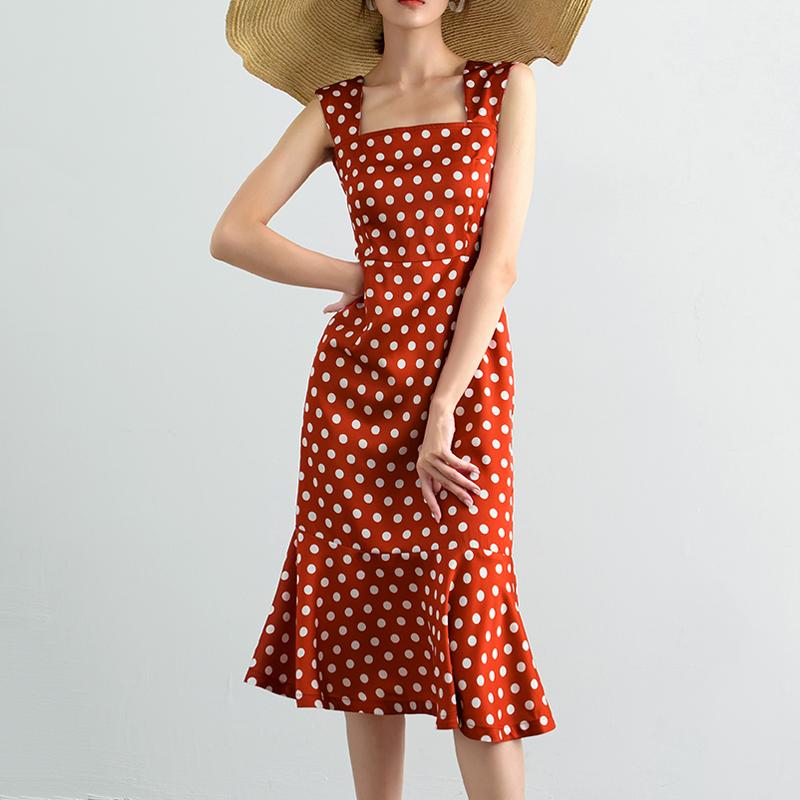 红色连衣裙 稀有概率 法式复古高腰鱼尾裙夏季丝质缎面红色波点方领连衣裙_推荐淘宝好看的红色连衣裙