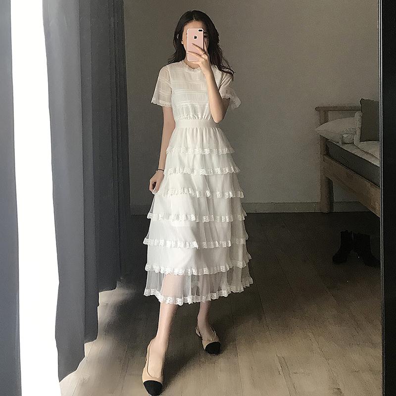 白色连衣裙 2019夏季新款女装流行气质仙女裙子超仙过膝蛋糕长裙蕾丝连衣裙_推荐淘宝好看的白色连衣裙