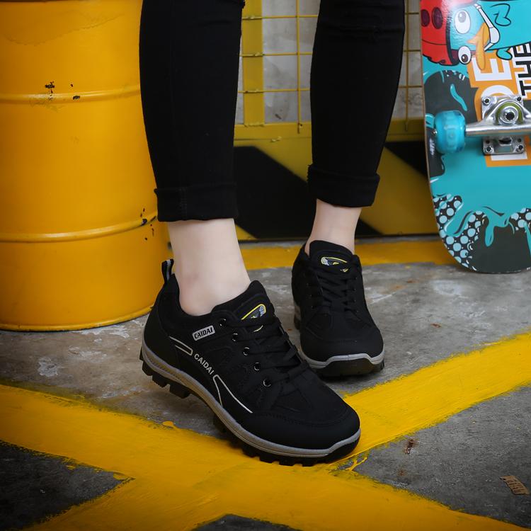 登山鞋 CAIDAI登山鞋秋冬季防滑徒步鞋女户外运动鞋耐磨轻便防水女旅游鞋_推荐淘宝好看的登山鞋