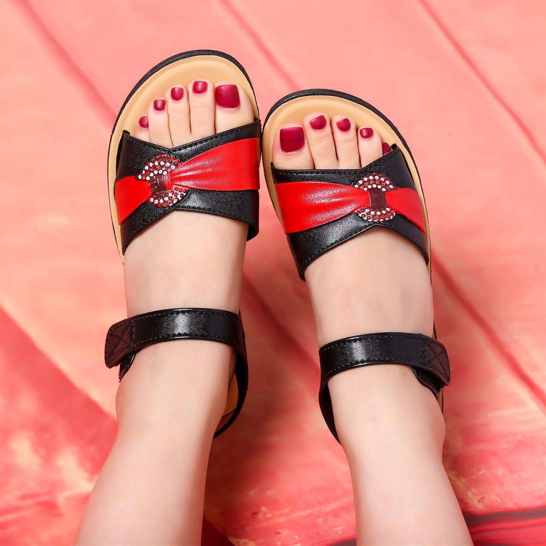 平底凉鞋 妈妈平底凉鞋女夏季软底新款舒适妈妈中老年坡跟凉鞋女_推荐淘宝好看的女平底凉鞋
