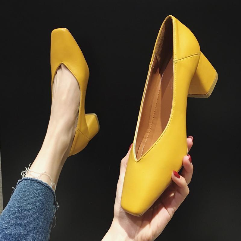 黄色单鞋 网红方头单鞋女2020春季新款女鞋潮流百搭复古黄色高跟鞋女粗跟_推荐淘宝好看的黄色单鞋