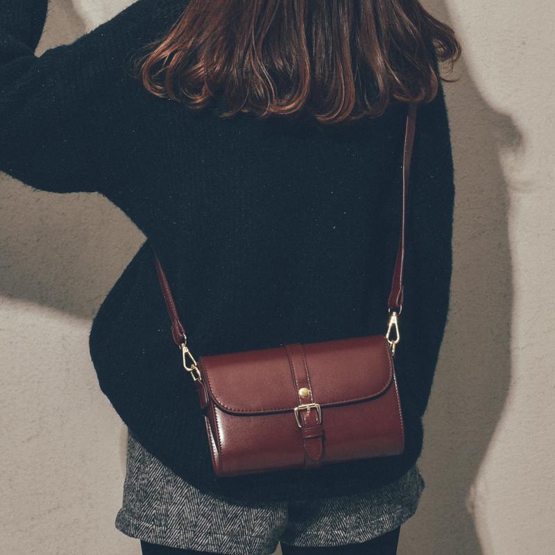 黑色复古包 上新质感小包包女2020新款潮韩版百搭斜挎包女简约时尚复古小方包_推荐淘宝好看的黑色复古包