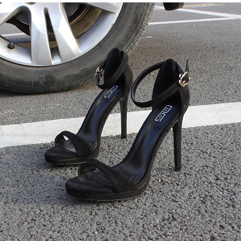细跟性感高跟鞋 2020新款夏季性感一字带扣细跟凉鞋女防水台百搭时装模特高跟鞋女_推荐淘宝好看的细跟性感高跟鞋