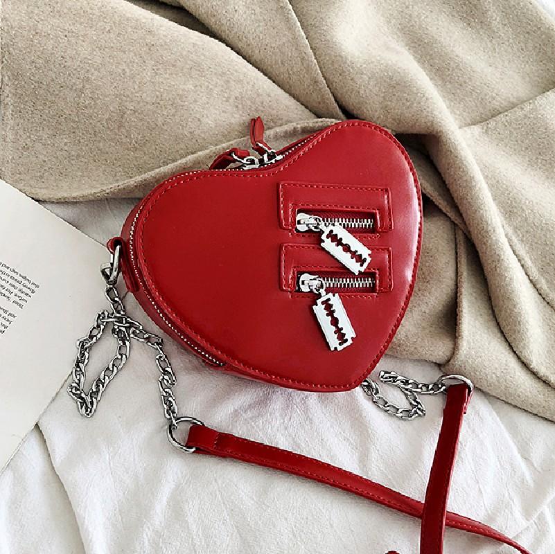 红色链条包 上新小包女2020小CK红色爱心包包可爱迷你心形单肩斜跨chic链条女_推荐淘宝好看的红色链条包
