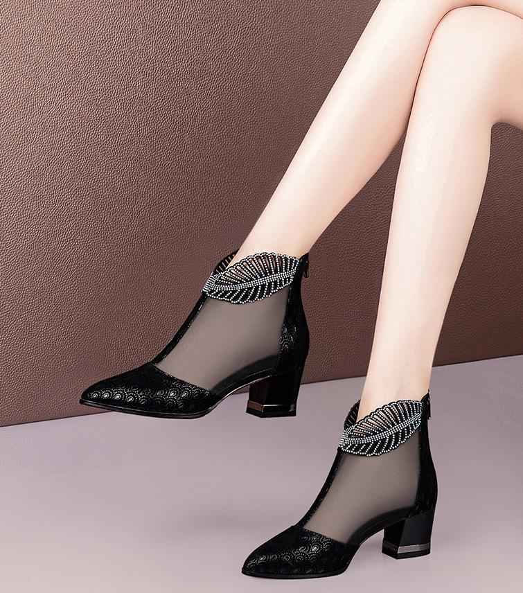镂空罗马鞋 2021新款粗跟网靴女镂空中跟包头凉鞋女夏网纱水钻罗马女鞋凉靴潮_推荐淘宝好看的镂空罗马鞋