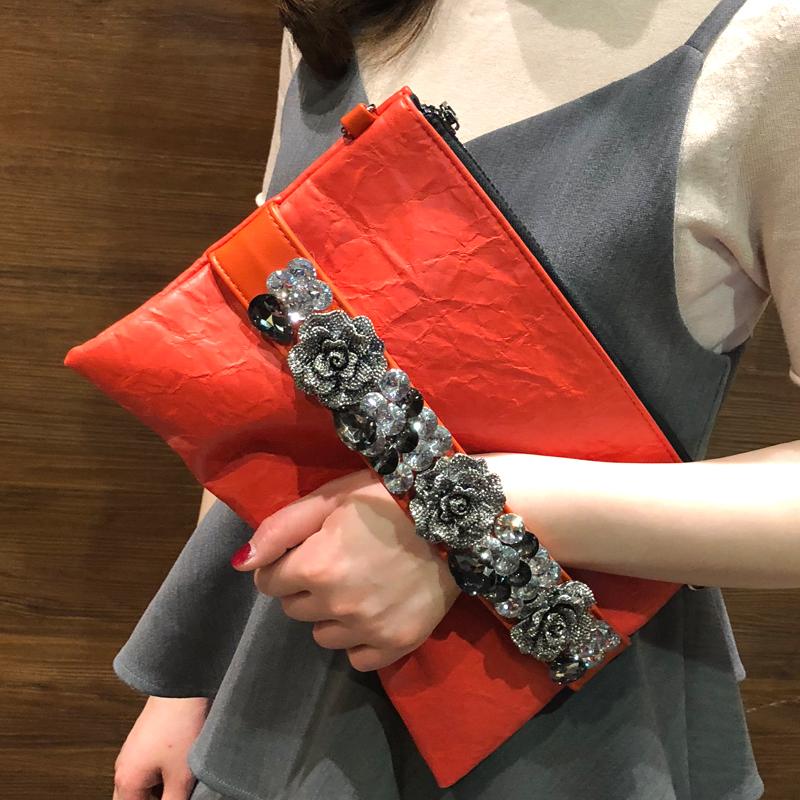 红色信封包 女包2020新款韩版镶钻手拿包复古大容量信封包时尚软皮带钻名媛包_推荐淘宝好看的红色信封包