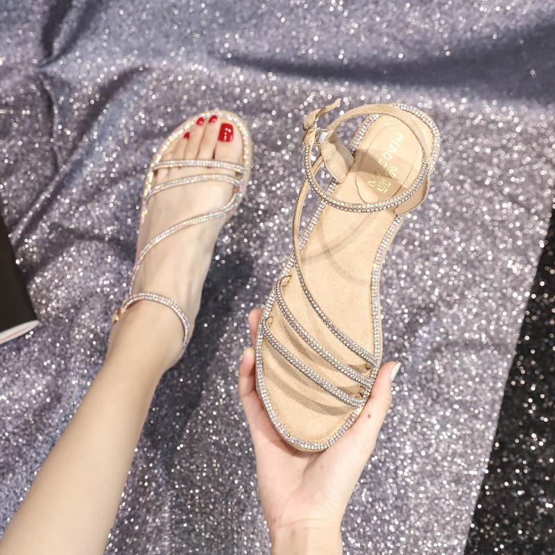 平跟罗马凉鞋 女鞋2021夏新款仙女风一字扣平底水钻露趾凉鞋时尚百搭平跟罗马鞋_推荐淘宝好看的女平跟罗马凉鞋