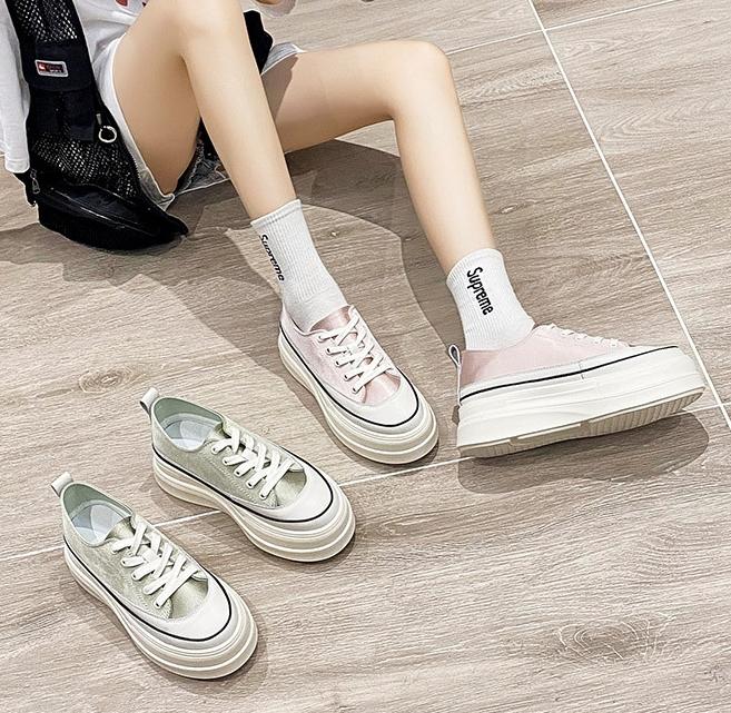 粉红色松糕鞋 网红同款粉红色小白鞋女厚底增高2021新款百搭女鞋松糕饼干鞋子女_推荐淘宝好看的粉红色松糕鞋