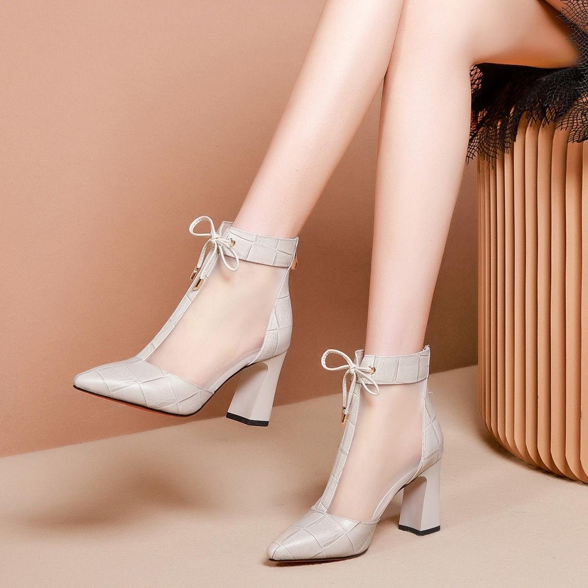 尖头短靴 高品质凉鞋女粗跟网纱短靴2020新款春夏季尖头高帮网靴高跟鞋凉靴_推荐淘宝好看的尖头短靴