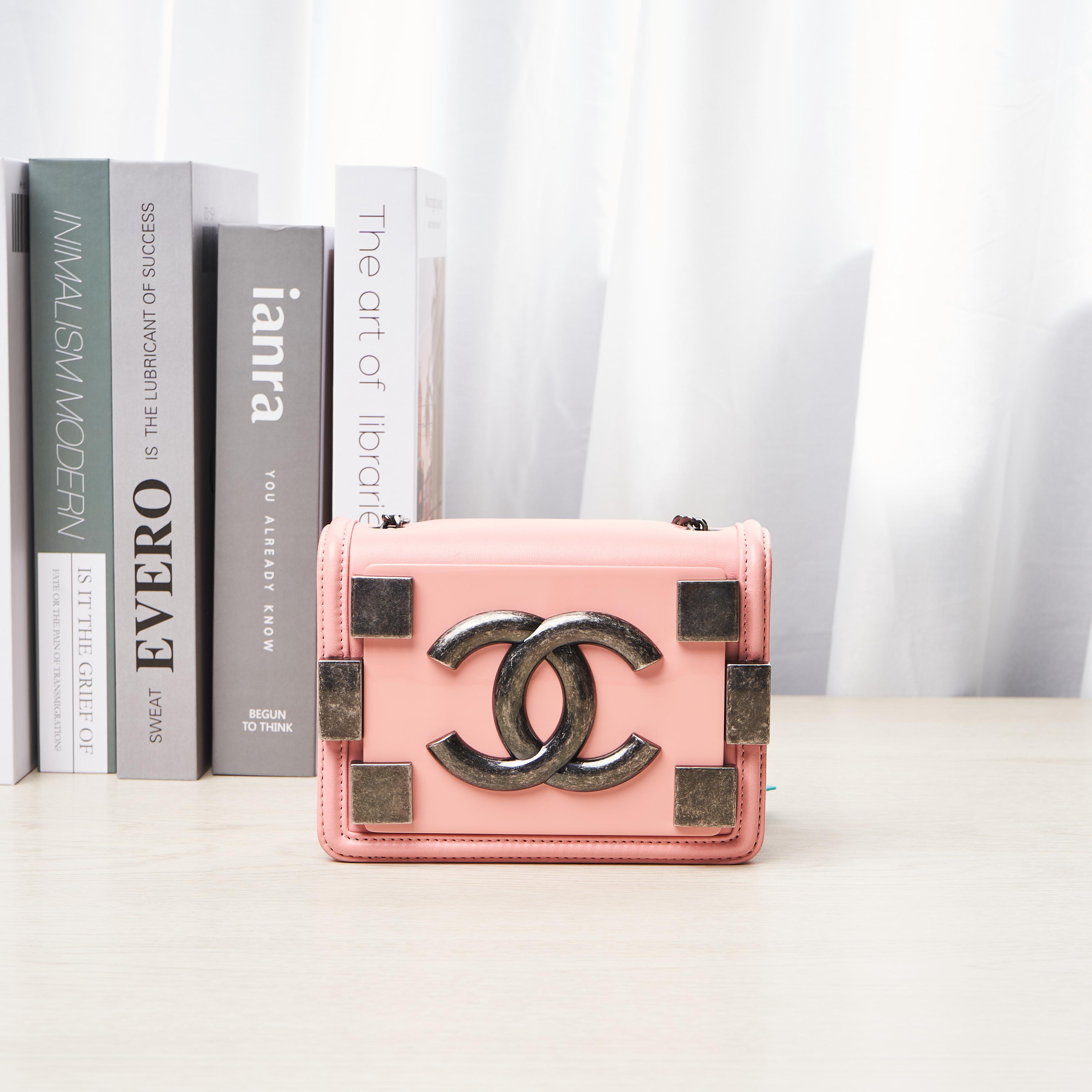 chanel链条包 临时【95新】香奈儿  Chanel 链条包 小号 公价¥16000_推荐淘宝好看的chanel链条包