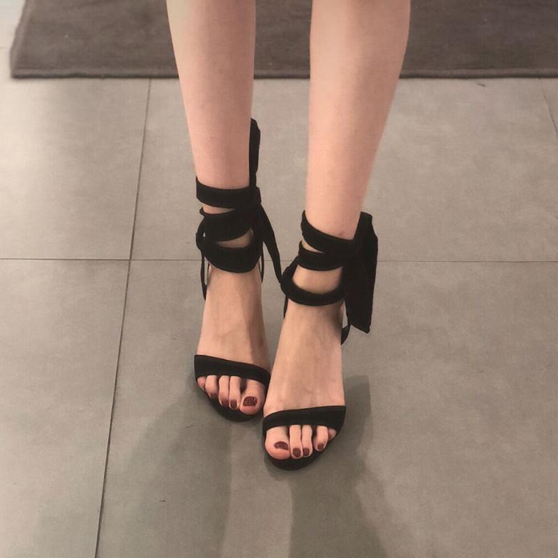 黑色凉鞋 2019新款夏季少女一字带蝴蝶结小ck绑带凉鞋ins潮黑色细跟高跟鞋_推荐淘宝好看的黑色凉鞋