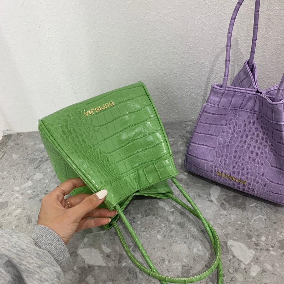 紫色水桶包 小众设计包馆粽子包手提小包包腋下鳄鱼纹小水桶小拎包绿色紫色女_推荐淘宝好看的紫色水桶包