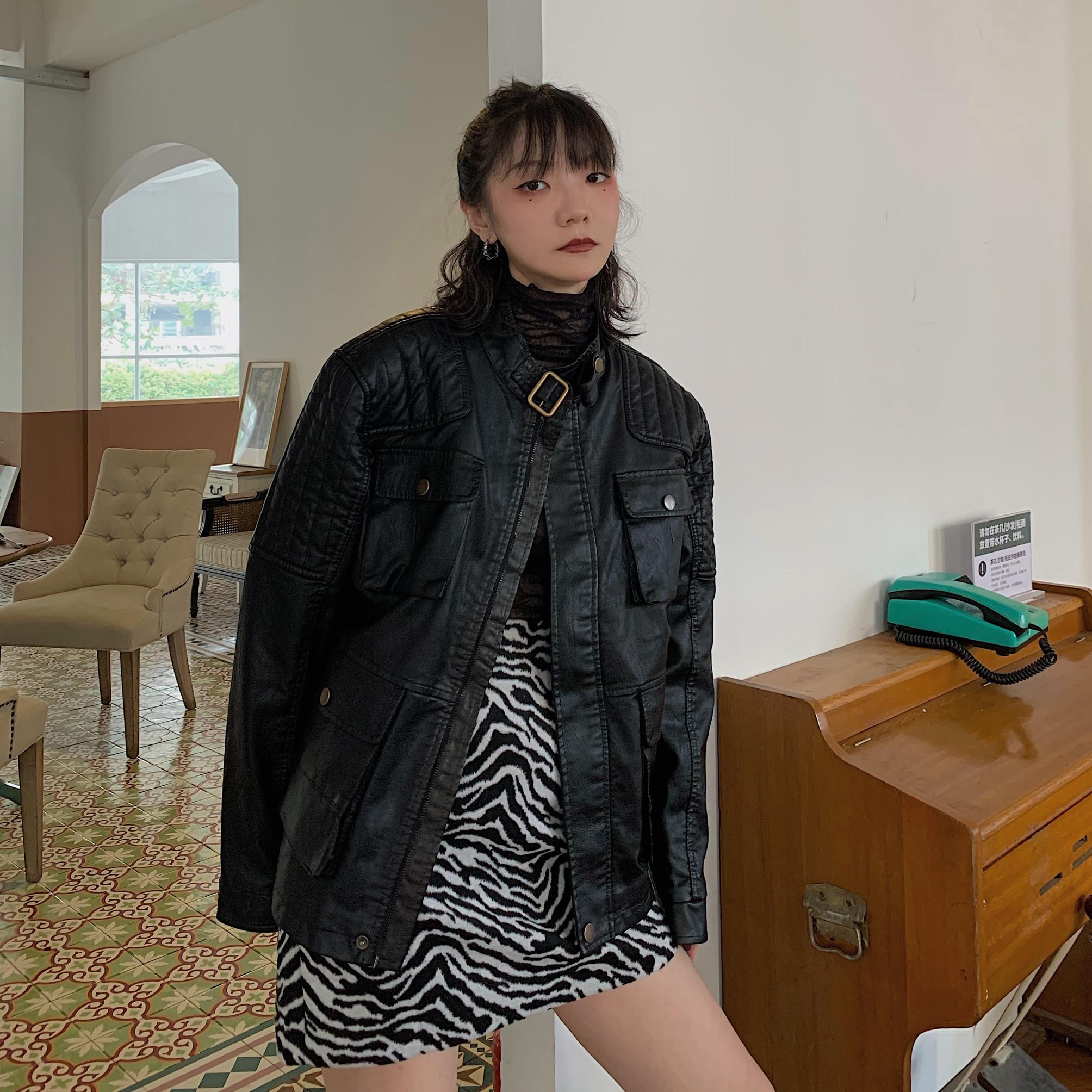 机车皮衣女 2021早春新款三色做旧加绒加厚保暖宽松皮衣机车夹克同款外套女_推荐淘宝好看的机车皮衣女