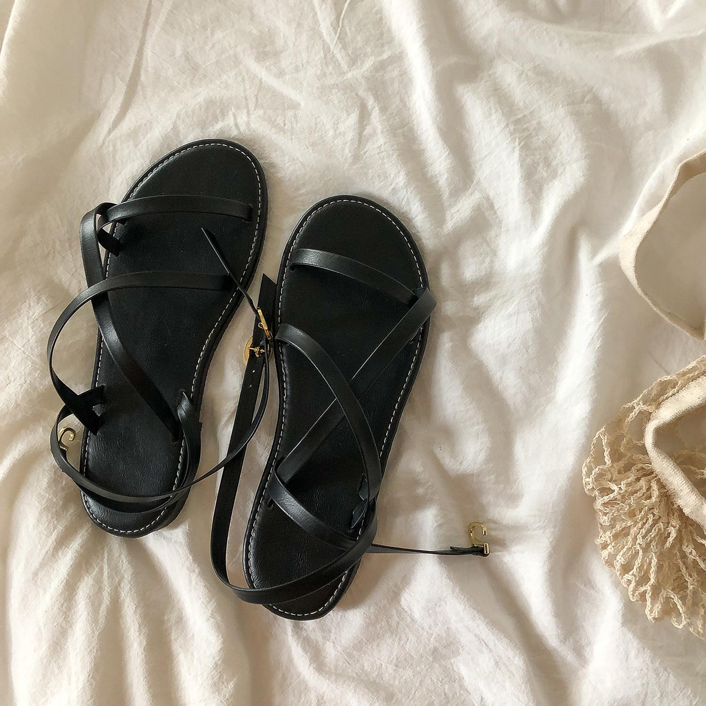 黑色罗马鞋 黑色小众凉鞋女仙女风夏季ins潮学生罗马绑带百搭平底鞋2021新款_推荐淘宝好看的黑色罗马鞋