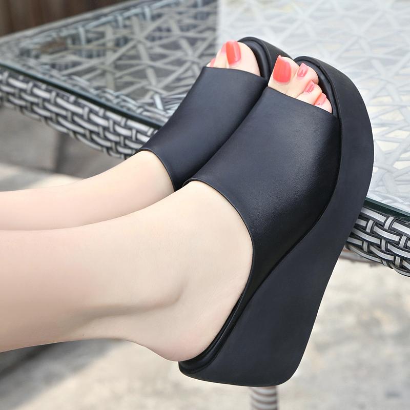 真皮坡跟鞋 足意尔康2021夏季新款真皮凉拖鞋女坡跟高跟鱼嘴厚底时尚女凉鞋潮_推荐淘宝好看的真皮坡跟鞋