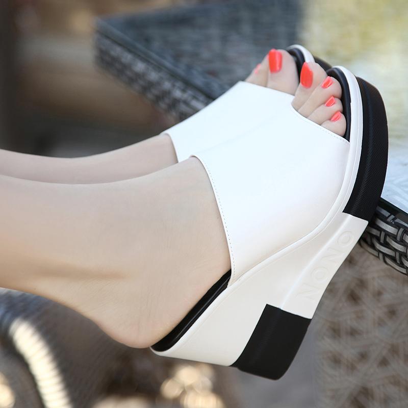 真皮松糕鞋 足意尔康坡跟女2020夏季新款真皮时尚一字拖松糕厚底室外穿凉拖鞋_推荐淘宝好看的女真皮松糕鞋