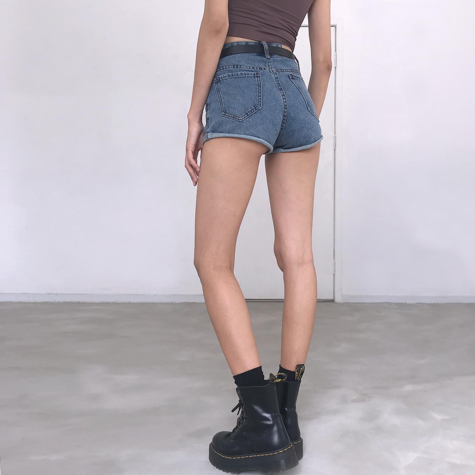 修身牛仔短裤 WS STUDIOS修身高腰洗水做旧显瘦显腿长卷边牛仔短裤女热裤送腰带_推荐淘宝好看的女修身牛仔短裤