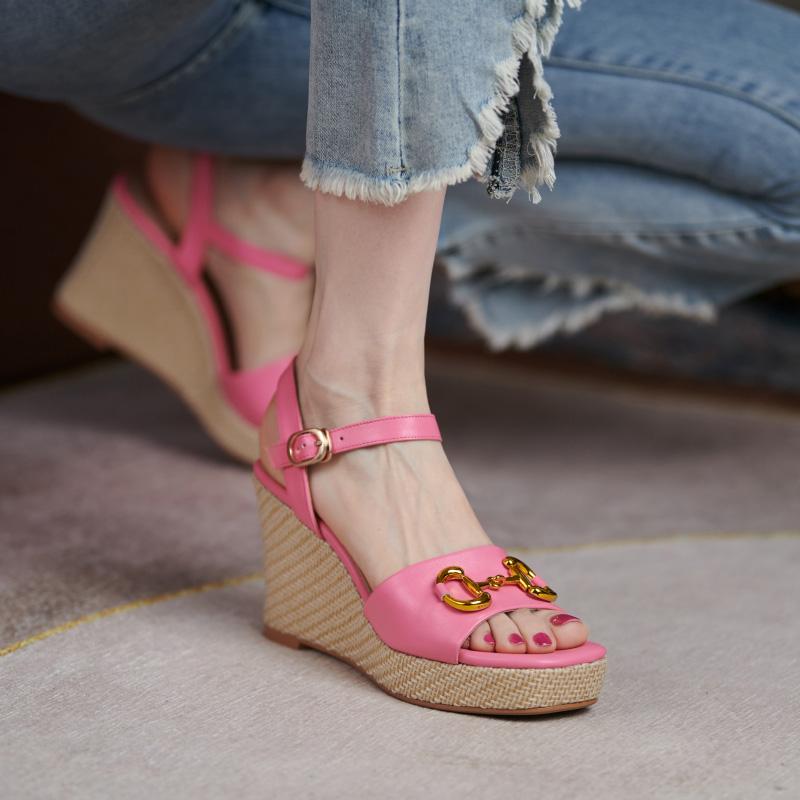 粉红色罗马鞋 真皮坡跟凉鞋女夏2021年新款时尚百搭粉红色防水台高跟鞋罗马女鞋_推荐淘宝好看的粉红色罗马鞋