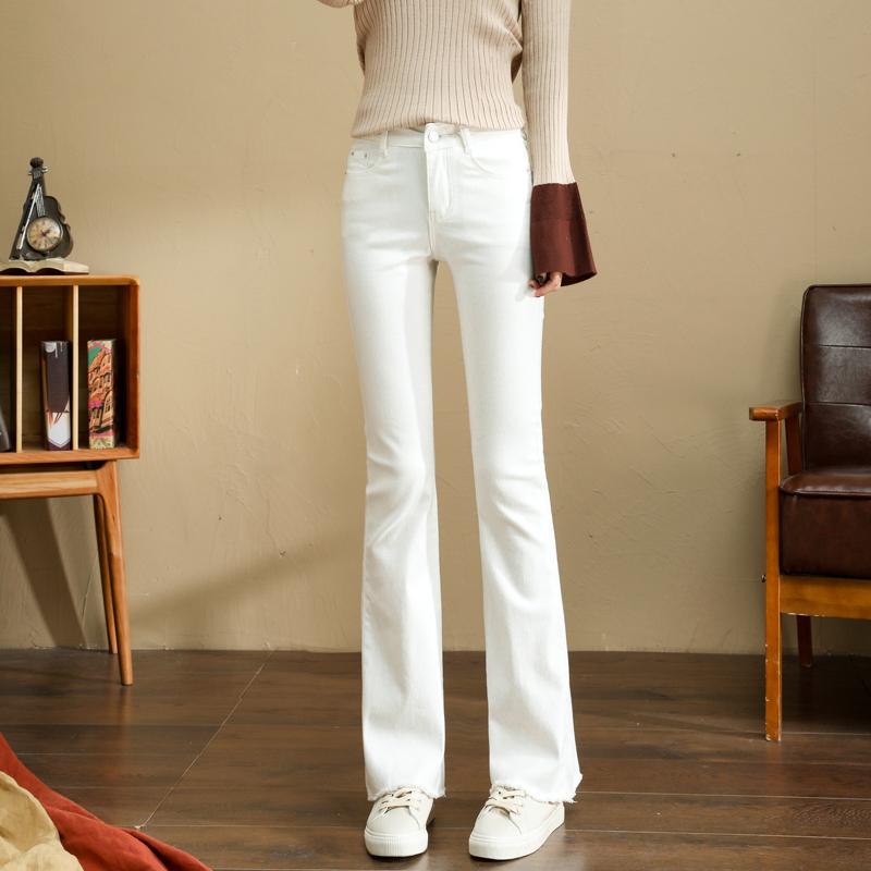 白色牛仔裤 秋季2021新款时尚白色高腰喇叭牛仔裤女长裤修身垂感显瘦微喇叭裤_推荐淘宝好看的白色牛仔裤