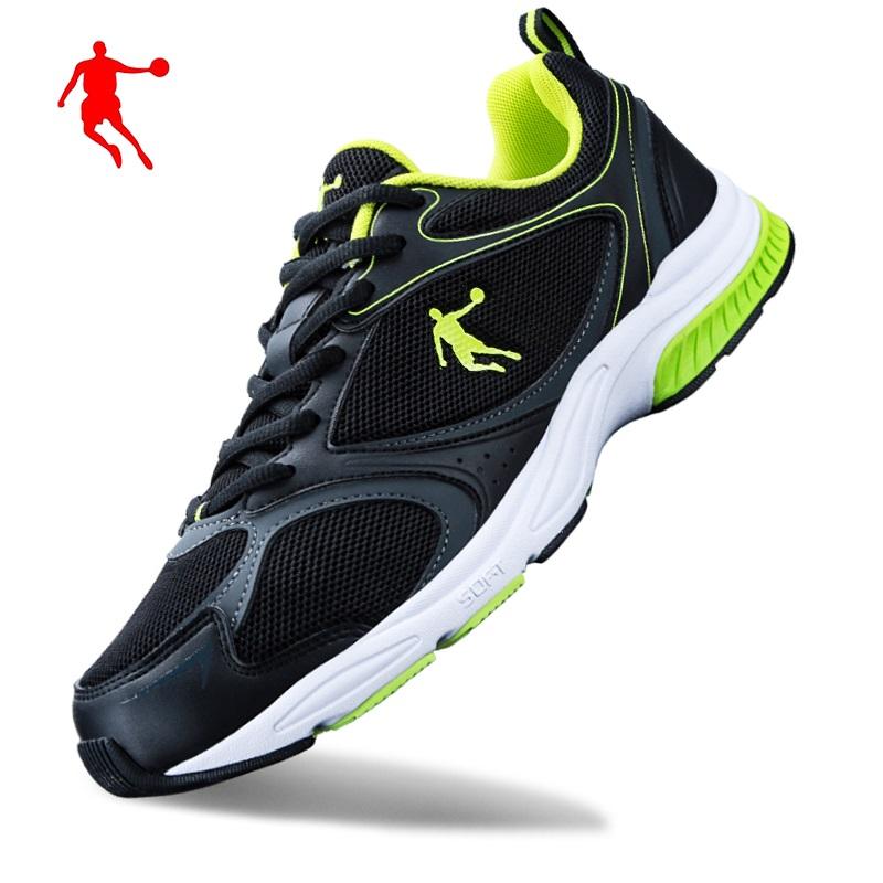绿色运动鞋 乔丹男鞋黑绿色网面跑步鞋2021夏季透气运动鞋超轻旅游鞋舒适波鞋_推荐淘宝好看的绿色运动鞋