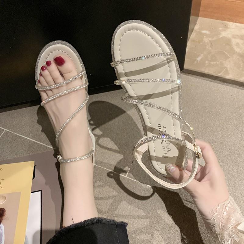 水钻罗马鞋 韩版水钻一字带露趾凉鞋2019夏季新款平跟沙滩鞋时尚罗马鞋仙女鞋_推荐淘宝好看的水钻罗马鞋