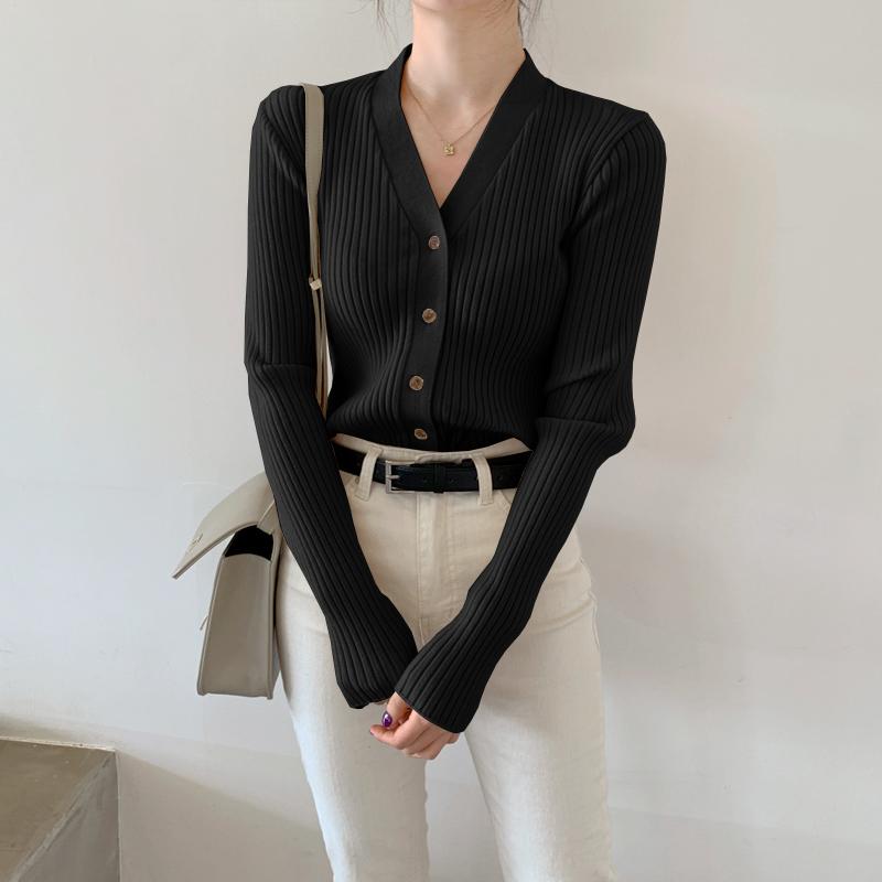 黑色针织衫 毛衣外套女黑色秋冬2020年新款内搭打底衫v领针织衫上衣爆款开衫_推荐淘宝好看的黑色针织衫
