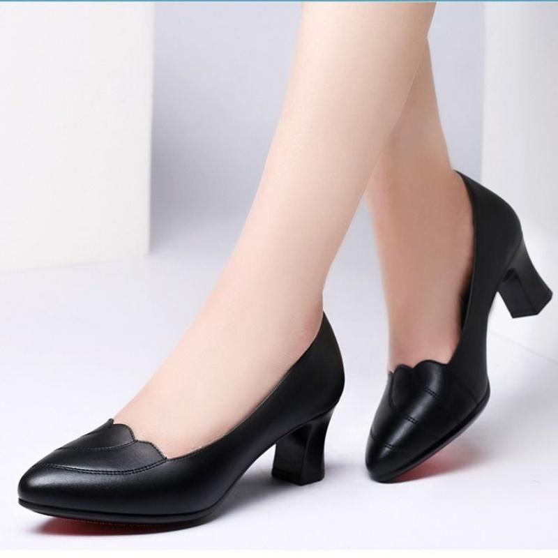 高跟单鞋 011妈妈中年女鞋四季单鞋女高跟鞋中跟粗跟舒适软皮工作鞋_推荐淘宝好看的女高跟单鞋