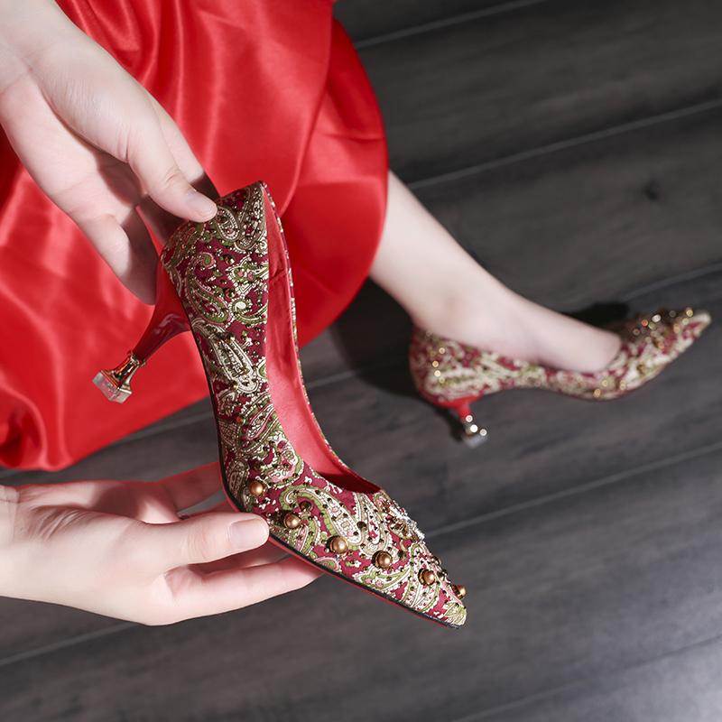 红色高跟鞋 婚鞋女2019新款高跟鞋红色百搭网红复古尖头秀禾鞋结婚鞋子新娘鞋_推荐淘宝好看的红色高跟鞋