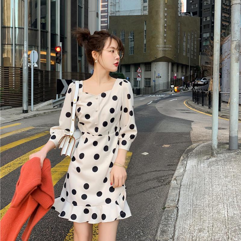 红色波点衬衫 花栗鼠小姐 红色波点连衣裙春装2019新款韩版宽松衬衫方领上衣女_推荐淘宝好看的红色波点衬衫