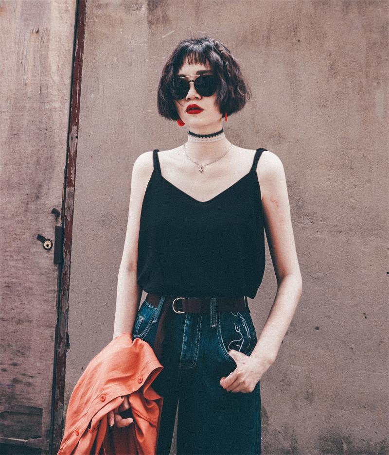 黑色背心 辛德瑞拉原创设计| 新款黑色吊带背心女夏内搭打底雪纺性感上衣_推荐淘宝好看的黑色背心