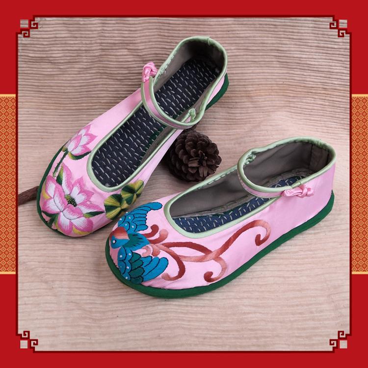 粉红色平底鞋 五朵金花新款绣花鞋民族风平底鞋女千层布底粉红色缎手绣牡丹布鞋_推荐淘宝好看的粉红色平底鞋
