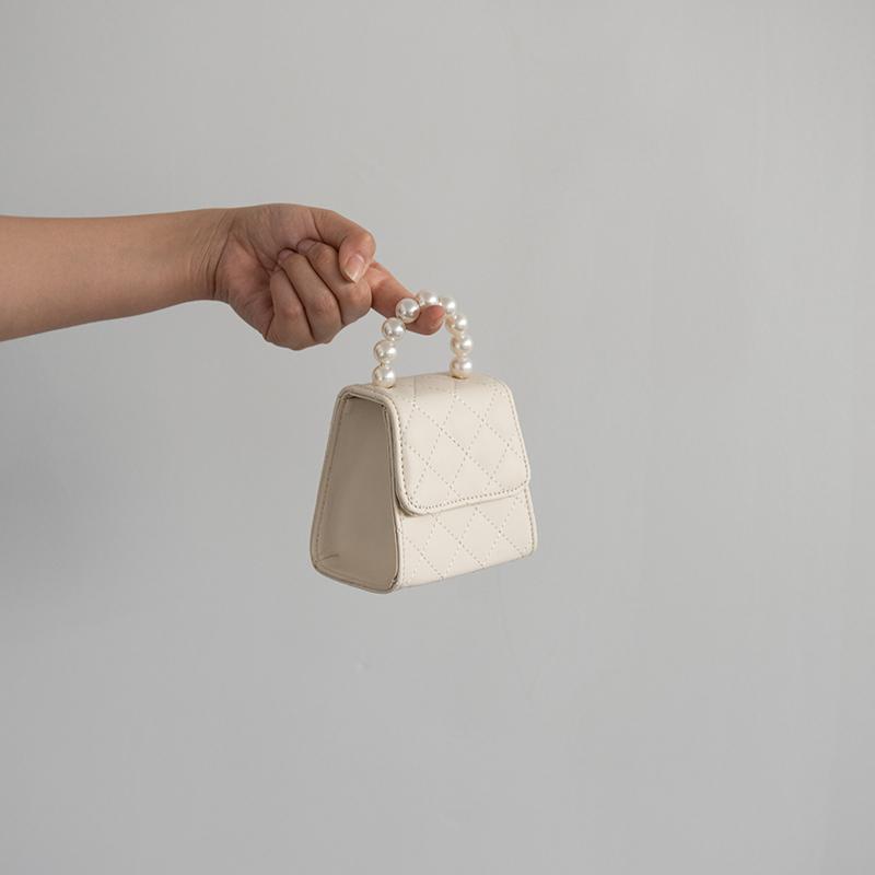 白色迷你包 小物商店 超超超小超可爱的一枚迷你珍珠手提斜挎小包包 包邮_推荐淘宝好看的白色迷你包