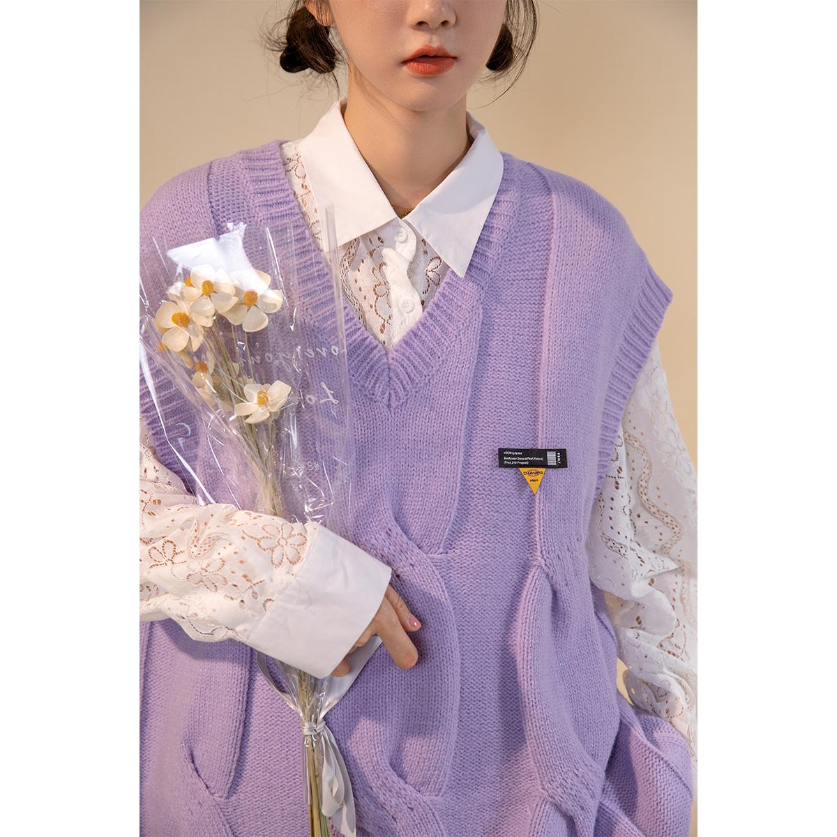 紫色马甲 UBUIE干鱼 紫色复古针织衫马甲女秋冬设计感初秋叠穿外搭背心毛衣_推荐淘宝好看的紫色马甲
