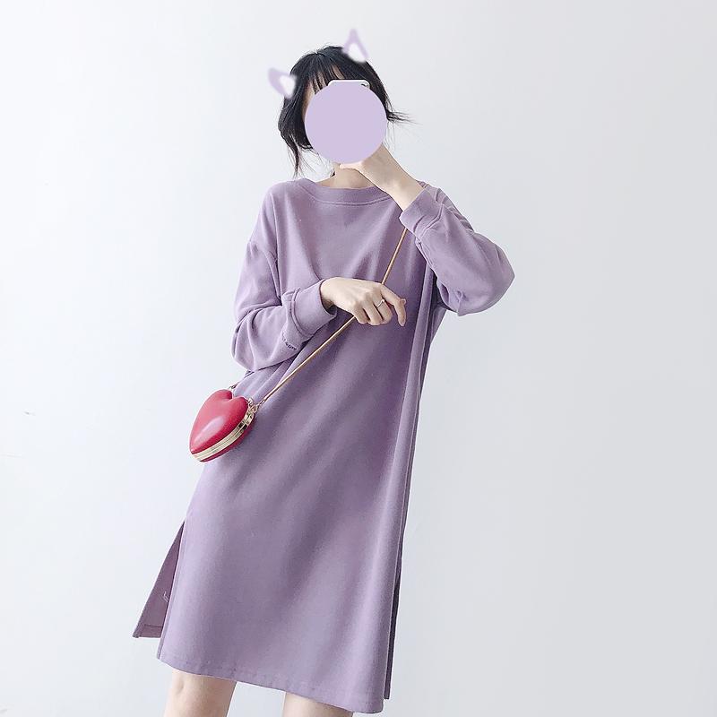 紫色连衣裙 宽松直筒显瘦长袖圆领中长款卫衣女薄款2021新款紫色休闲连衣裙子_推荐淘宝好看的紫色连衣裙