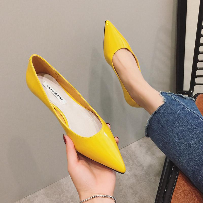 黄色尖头鞋 GIRL家女鞋黄色单鞋女网红糖果色漆皮平底鞋浅口尖头平跟鞋软底鞋_推荐淘宝好看的黄色尖头鞋