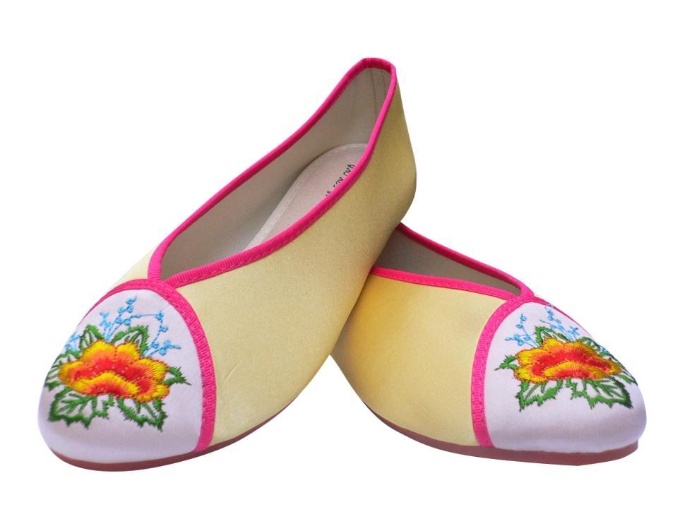 粉红色单鞋 高美雅-艳君绣品行-绣花鞋单鞋民族风杏黄色粉红色_推荐淘宝好看的粉红色单鞋