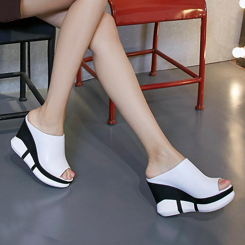 白色鱼嘴鞋 2020新款凉拖鞋女夏外穿时尚坡跟松糕高跟鱼嘴拖鞋白色真皮厚底脱_推荐淘宝好看的白色鱼嘴鞋