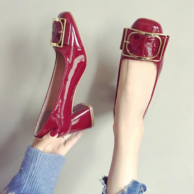 红色单鞋 鞋子2020新款春季网红高跟鞋粗跟百搭少女婚鞋女红色漆皮方扣单鞋_推荐淘宝好看的红色单鞋