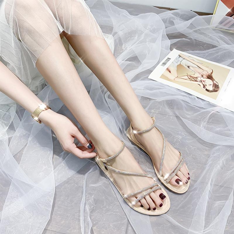 水钻罗马鞋 水钻凉鞋女2020年夏季新款仙女风平底百搭ins潮带钻一字时装罗马_推荐淘宝好看的水钻罗马鞋